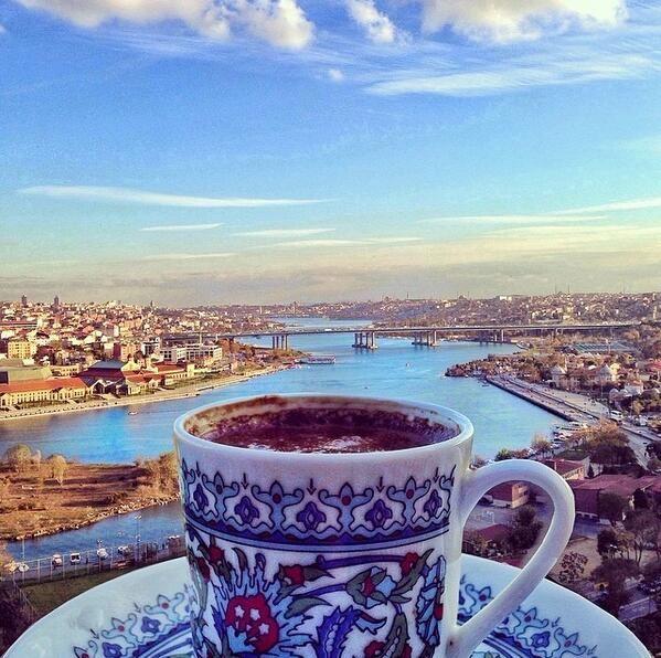 şimdiki zamanda Pierre Lotti'de kahve... #Istanbul (F: Ahmet Erdem) #istanlook