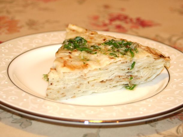 Macedonian Crepes With Garlic