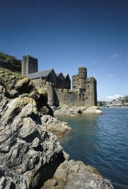 Dartmouth Castle, Devon, England. Built in 1388 by John Hawley, privateering Mayor of Dartmouth and the prototype of the flamboyant 'Shipman' in Chaucer's Canterbury Tales