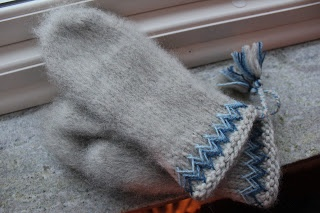 Modern interpretation of Swedish traditional Lovikka mittens | Straight  Wrong: Now I'm ready!