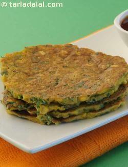 Chana Dal Pancakes recipe | Indian Diabetic Recipes | by Tarla Dalal | Tarladalal.com | #3510
