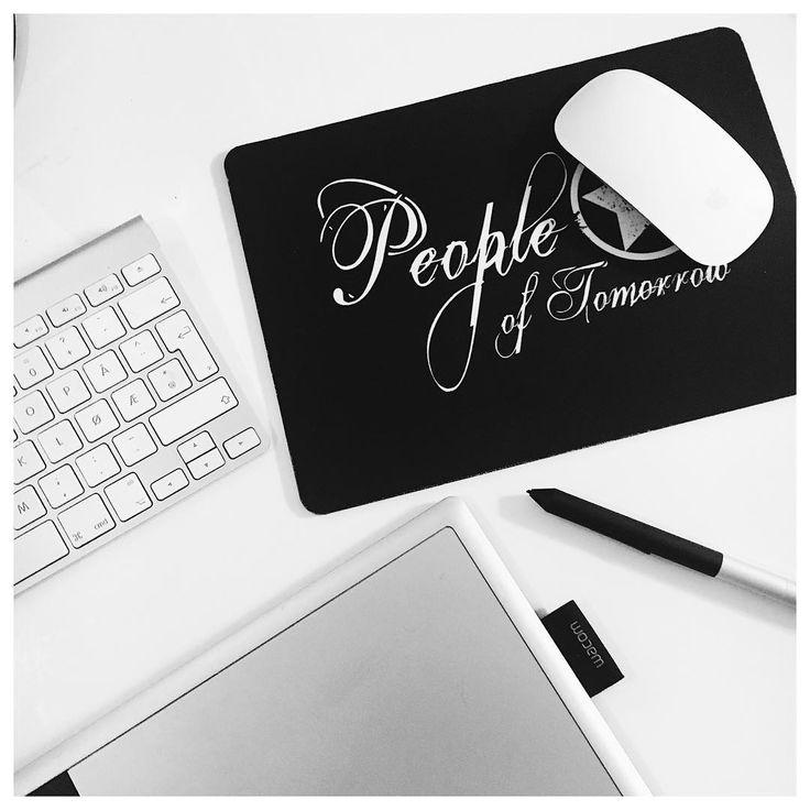 Get yourself some fresh prints for your home by visiting www.peopleoftomorrow.no👈🏼 ___________________ #poster #artprint #print #art #interior #scandinavianhome #scandinavianinterior #office #design #creativebiz #creative #creativeliving #august #homedecor #home