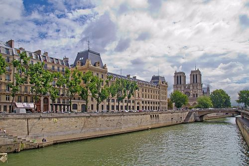 Seine river, the Prefecture de Police, and Notre-Dame cathedral.