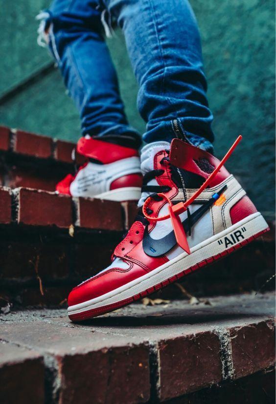 84d28b63a5b Nike Air Jordan 1 Retro High-top OG in 2019 | CASTLE CLOTHING (www ...