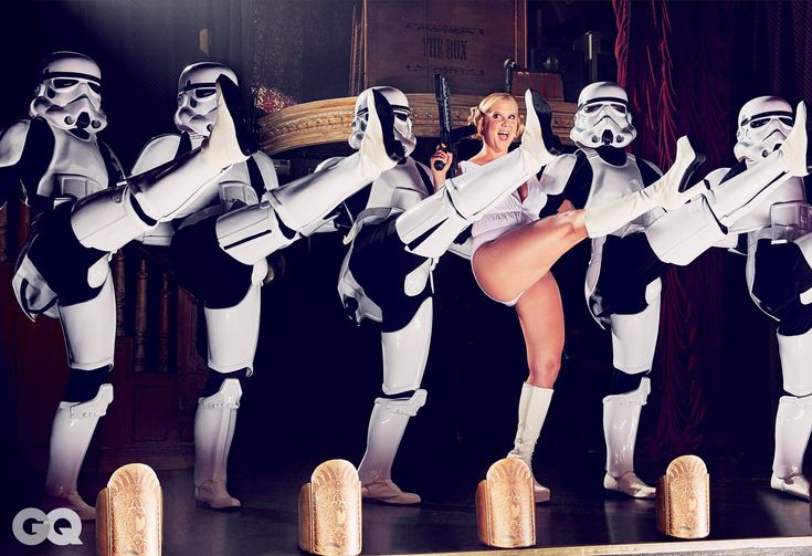 Photos: Amy Schumer's Sexy Star Wars-Themed GQ Shoot | GQ