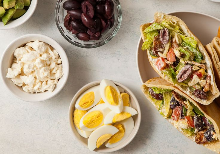 Treat Your Kids to a Week of Mediterranean Lunches | Oldways #freshfridays #mediterraneanfood