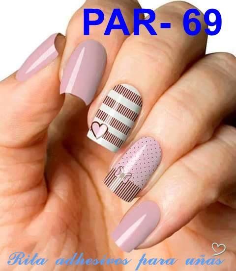 Pegatinas para uñas, un nuevo estilo de decorar las uñas, unidad con 12 diseños 6x6, se aplica en cima del esmalte blanco semi seco y finaliza con un top coat, la decoración estará lista.