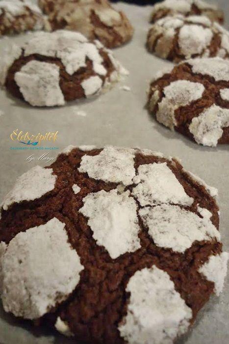 Nagyon finom keksz – aroppanós édes kéreg finom puha csokis tésztát rejt.Fehércsokoládéval is elkészíthető. Hozzávalók 15 dkg étcsokoládé (legalább 60% kakaótartalmú) 15 dkg liszt 3 dkg cu…