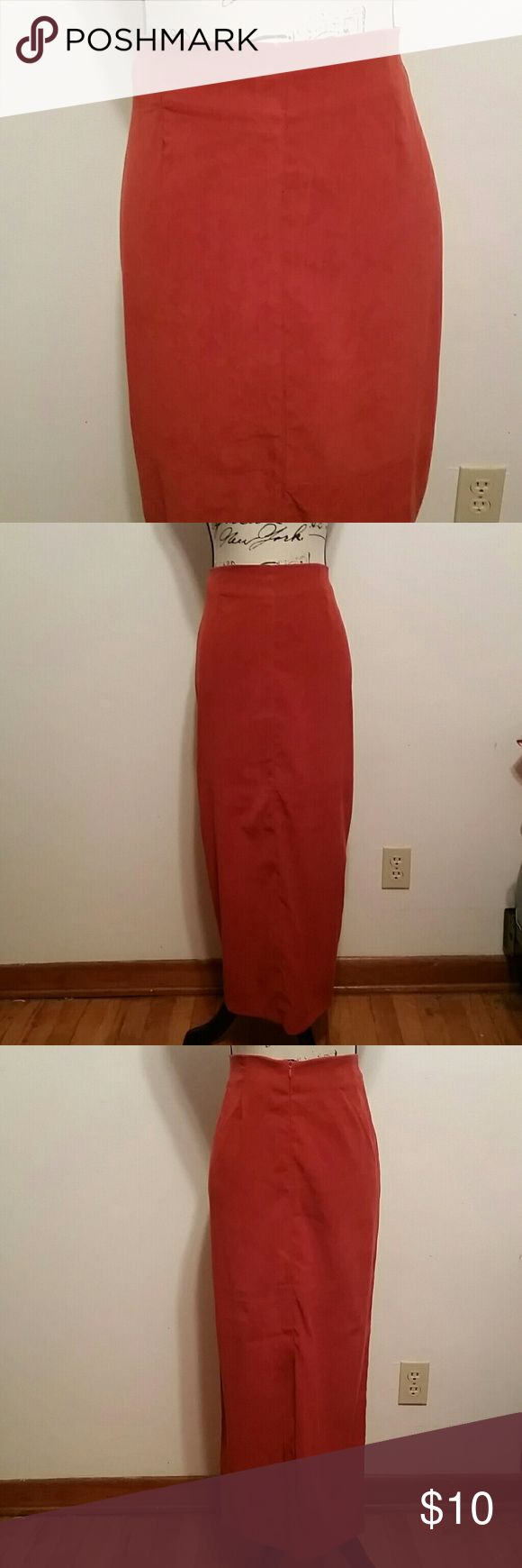 "Burnt Orange Maxi Skirt Pretty burnt orange maxi skirt in like new condition. This skirt has a slight look of suede and is a fantastic color. 38"" in length with no rips, stains or signs of wear. good clothes Skirts"