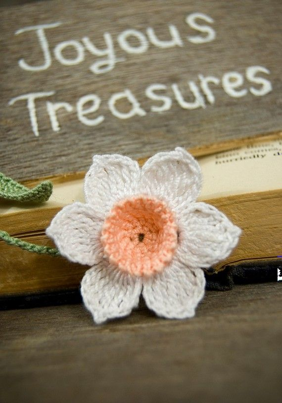 handmade insurance 1000 images about crochet daffodils on 5995