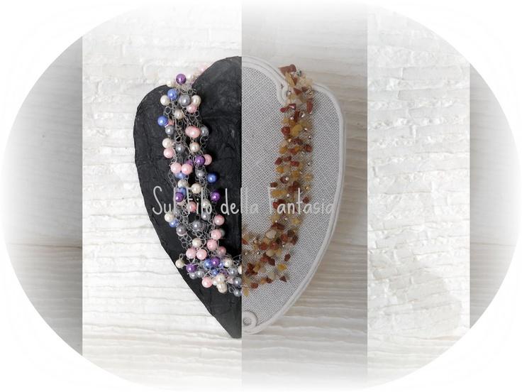 Filo in nylon colorato o trasparente, perle miste in vetro, plastica, cristalli, quarzo, bottoni, e/o componenti in alluminio... ecco l'occorrente per realizzare questa semplice collana all'uncinetto - tutorial proposto da CinziaCrea.