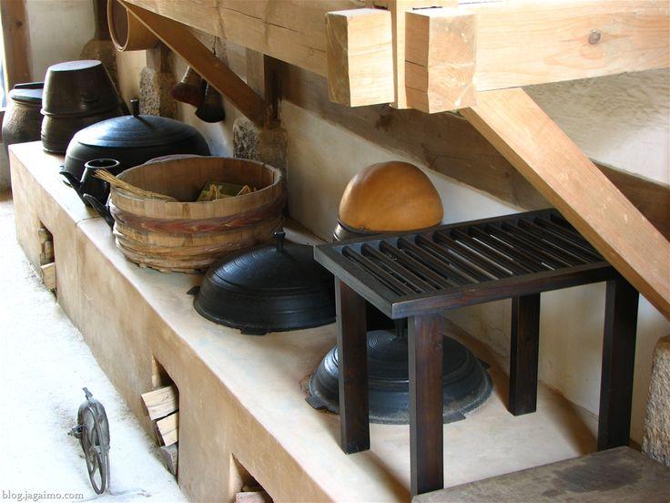 korean style kitchen design. Old Style kitchen  Namsangol Village Seoul Korea 10 best Asian style kitchens images on Pinterest
