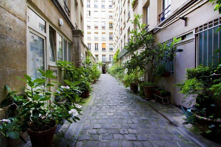 Paris 2e - Rue Greneta, cour intérieure