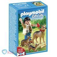PLAYMOBIL 5211 Duitse herder met puppy's - Koppen.com PLAYMOBIL 5211 Duitse herder met puppy's. De Playmobil jongen is gezellig met zijn Duitse herder en haar puppy's in het bos op stap. Zo kunnen de pups fijn spelen. Geschikt voor kinderen vanaf 3 jaar. - See more at: http://www.koppen.com/producten/product/playmobil-5211-duitse-herder-met-puppy-s#sthash.3IMASCML.dpuf