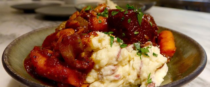 Sleepytime Stew (And Easy Smashed Potatoes) at http://sodelushious.com/make/sleepytime-stew-and-easy-smashed-potatoes/