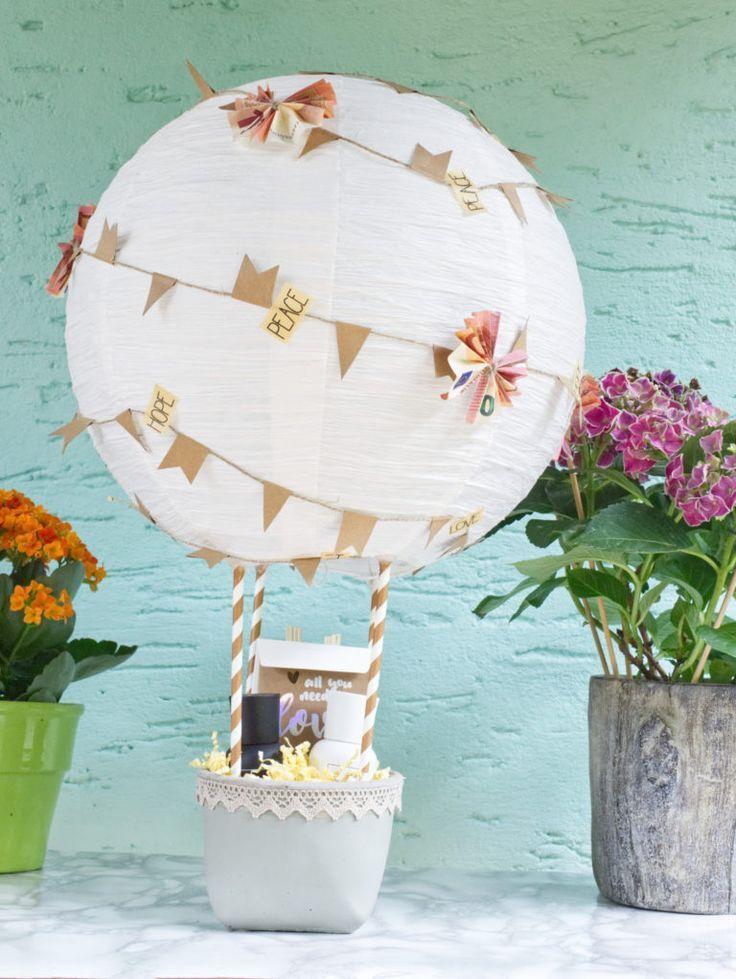 Süßer Heißluftballon als kreatives Gastgeschenk zur Hochzeit