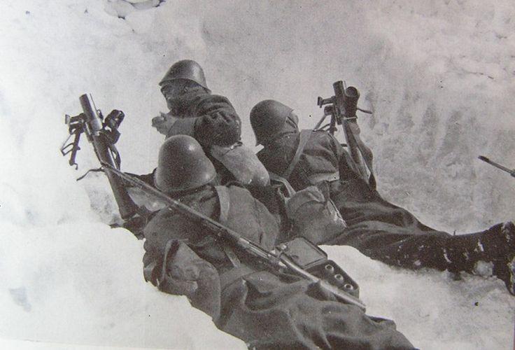 Romanian mortar crew