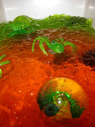 Halloween sensory play tub - spooky jello!