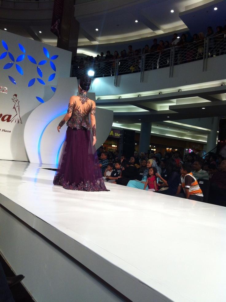 By Dola AP  #indonesian #kebaya #fashion #style #prety #eastjava #surabaya #popular