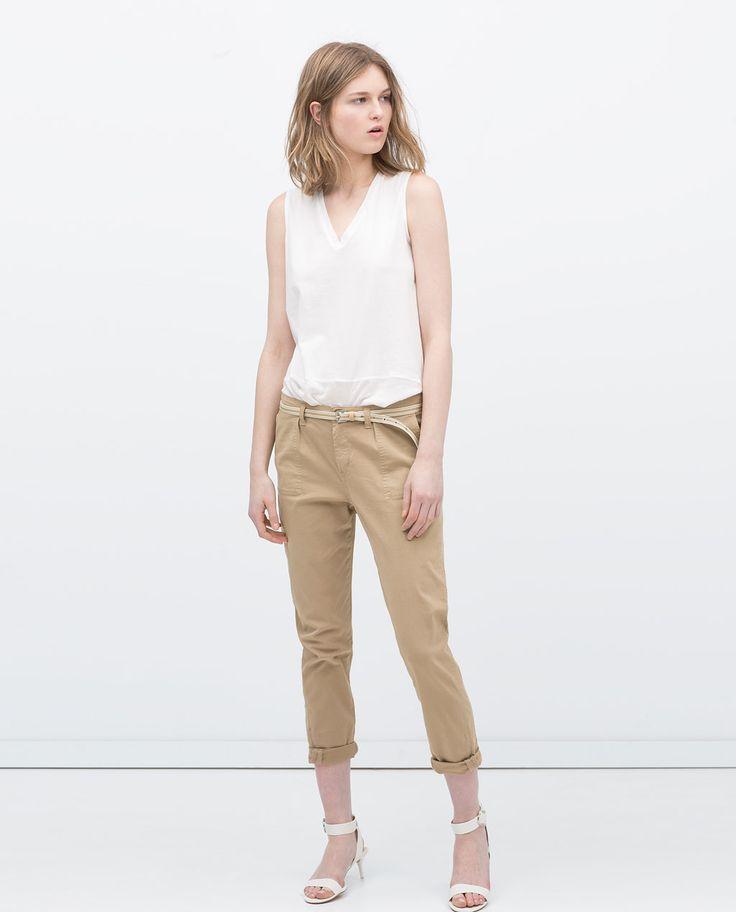 Pantalones de moda y modelos básicos atemporales. Pruébatelos todos cómodamente en casa. Entra ahora y descubre todos los pantalones de la nueva colección en specialtysports.ga