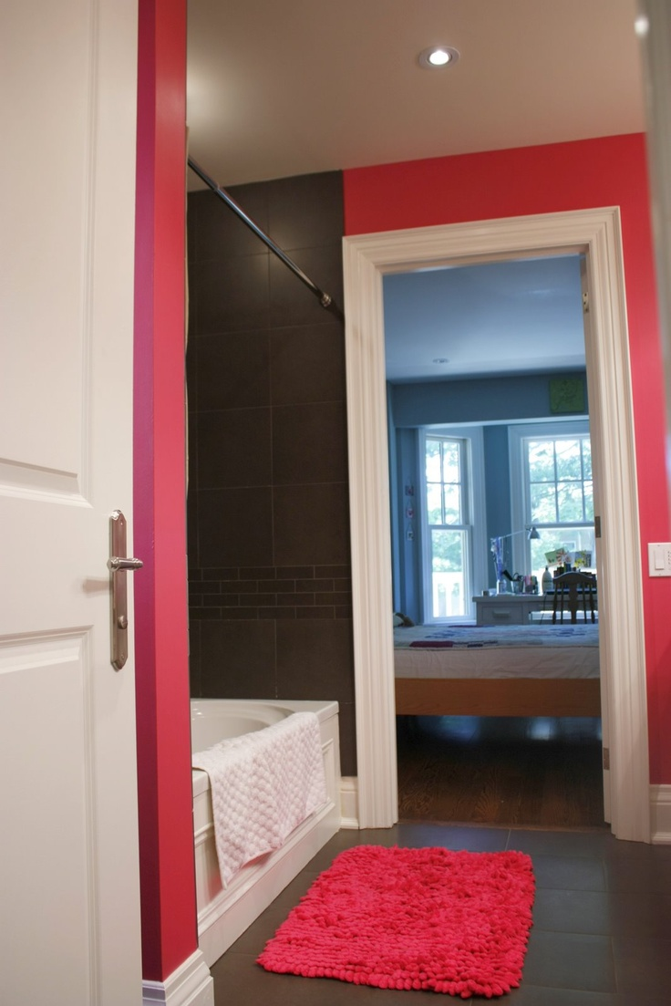 Fuchsia and chocolate brown in teenage girls bathrooms.