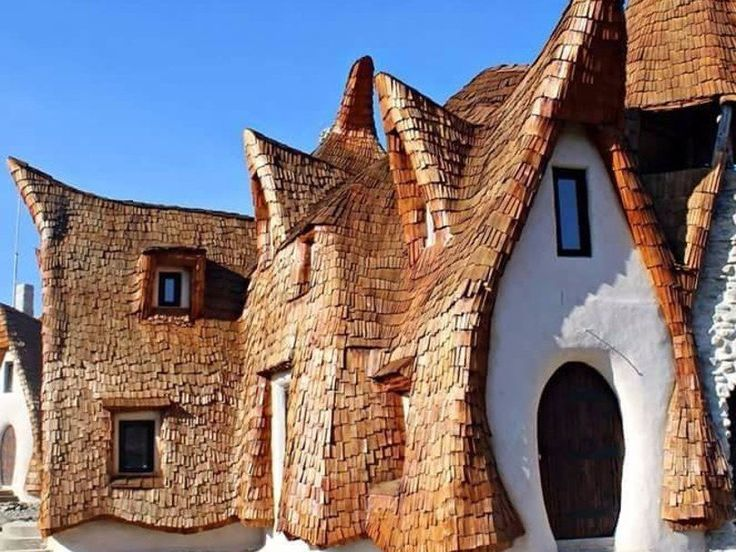 Romania, Castelul de Lut Valea Zanelor
