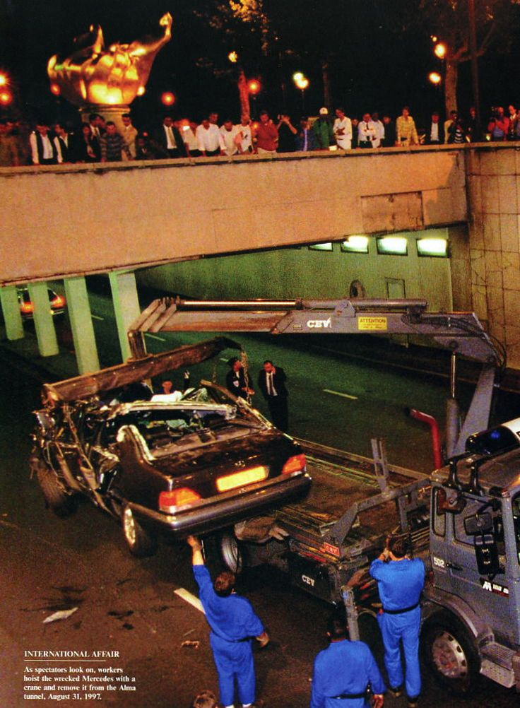 princess diana crash photos | Princess Diana car crash happened 15 years ago , Digital Journal, Aug ...