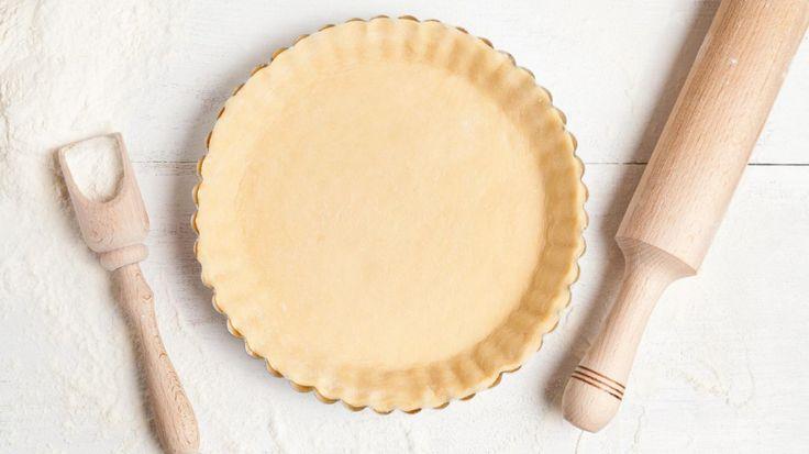Przepis na spód do tarty z mąki żytniej i jogurtu naturalnego.