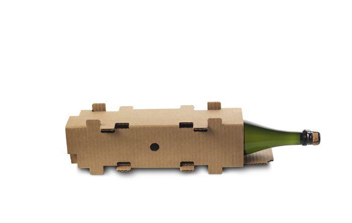 Las cajas de vino deben llegar a su destino a tiempo para los brindis navideños, pero con la máxima protección para que lleguen en perfectas condiciones.