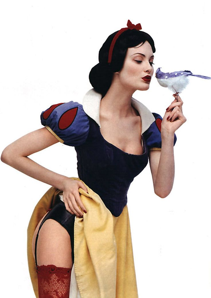 Sensual fairytale version.... Makeup transformations: Shalom Harlow as Snow White by François Nars.