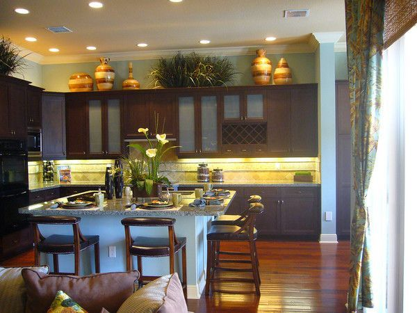 greenery above kitchen cabinets ideas in solid wood cabinets ...