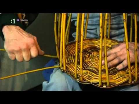 Pletenie košíka z prútia - YouTube