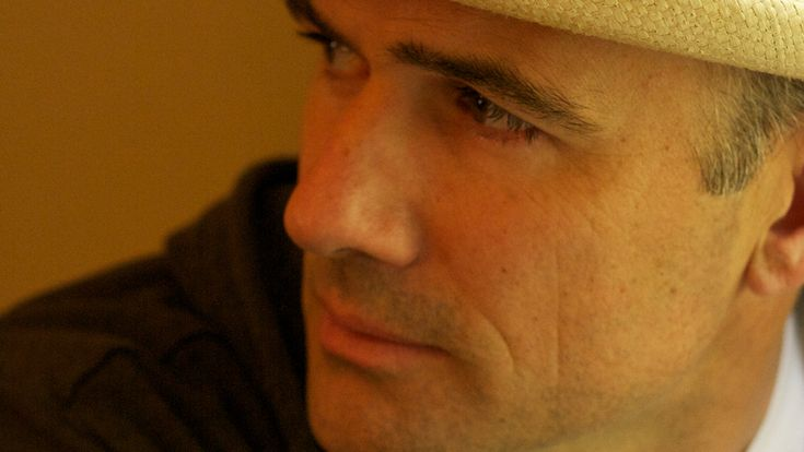 The Familiar-Mark Z. Danielewski's epic 800-page tale of a girl and a cat wants to be the stepping stone to a new understanding of the novel — but critic Jason Sheehan says it's undone by too many parentheses.