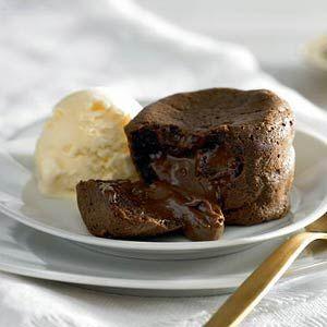 Recept - Warme chocoladesouffl�s - Allerhande
