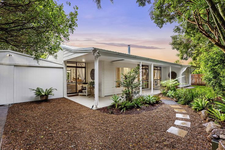 WYNNUM WEST 10 Grattan Terrace...Discover for yourself this incredible tropical oasis just metres from the Esplanade in Wynnum.