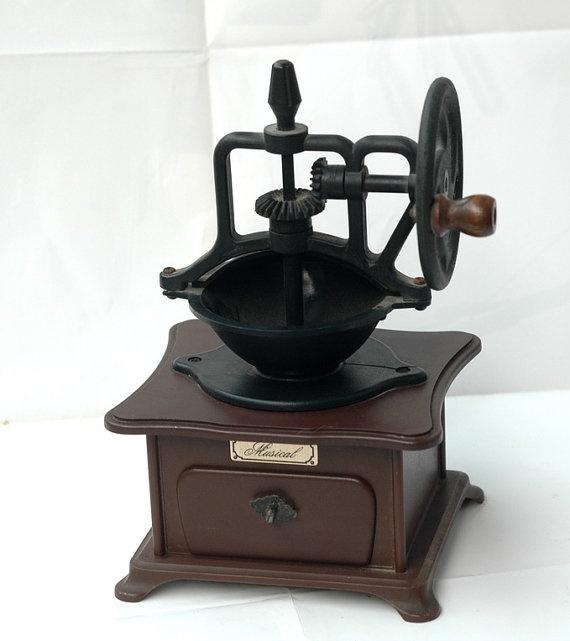 Vintage music boxworking wellplasticcoffee machine by efans, $29.00