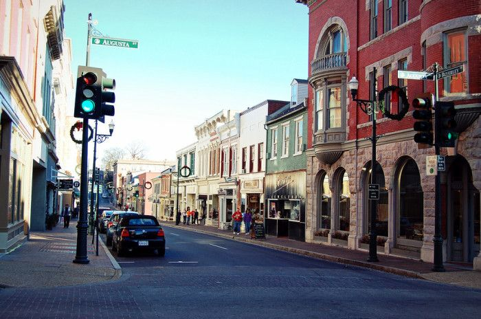 7. Staunton is a beautiful little city that is full of historic architecture,culture & Southern hospitality.It is in the midst of the Blue Ridge Mtns. & the Shenandoah Valley.