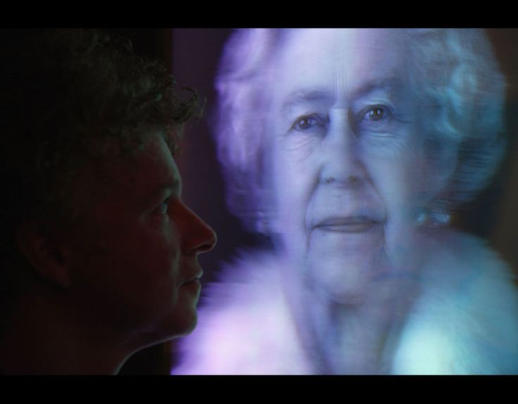 Artist Chris Levine views his hologram image of Her Majesty Queen Elizabeth II entitled 'Equanimity' in the National Portrait Gallery [Getty Images]