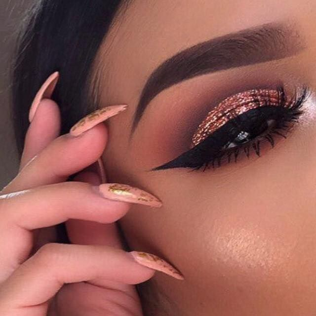 How many scoops of our Neapolitan EyesCream Palette does it take to create this kind of perfection? @lupe_mua created this beautiful blend!  Scoops on scoops, shop sweet at   beautybakerie.com
