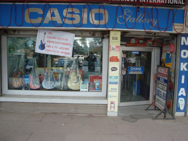 Get Upto 15% Off on MRP & 15% Off on MRP of all Casios @ CASIO GALLERY at AMANJOT INTERNATIONAL SCO- 6-7, Sector- 17A Opposite Hotel Taj Chandigarh, India Offer valid till 15th October 2015 Get this OFFER Here http://goo.gl/b0vYCr