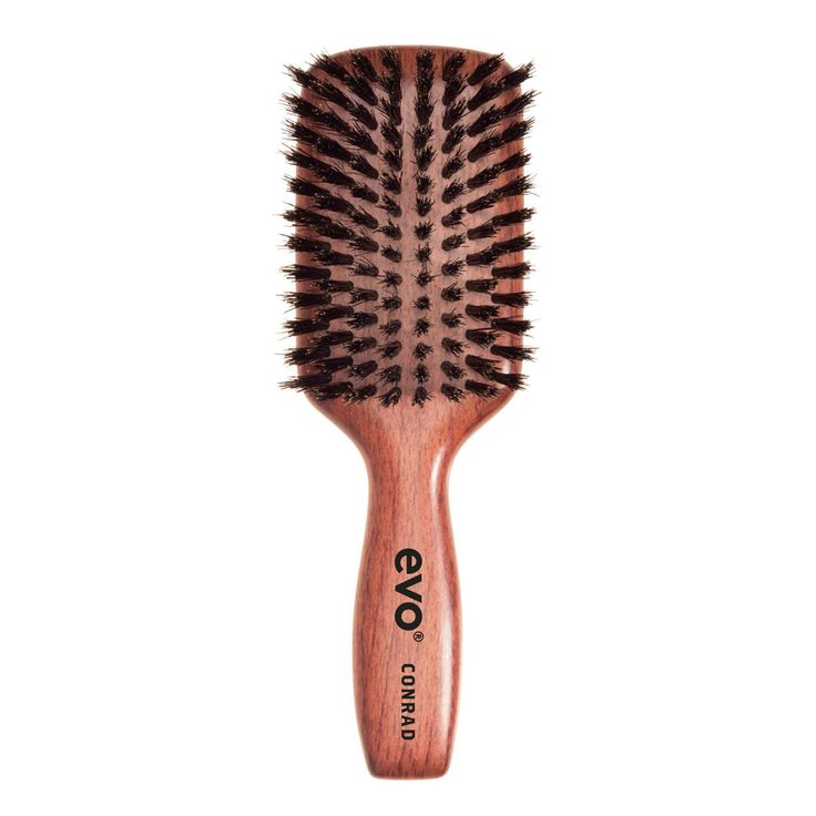 """EVO borstel """"Conrad""""   Gebruik deze borstel voor de dagelijkse verzorging om de conditie van het haar te handhaven, en het haar glad te maken wanneer je een opsteekkapsel wilt maken.  Geschikt voor gebruik bij alle haartypes, maar vooral: lang, dik, golvend / krullend haar.  Geweldig voor in je handtas, maar ook voor mannelijke verzorging.  #evosaveus"""