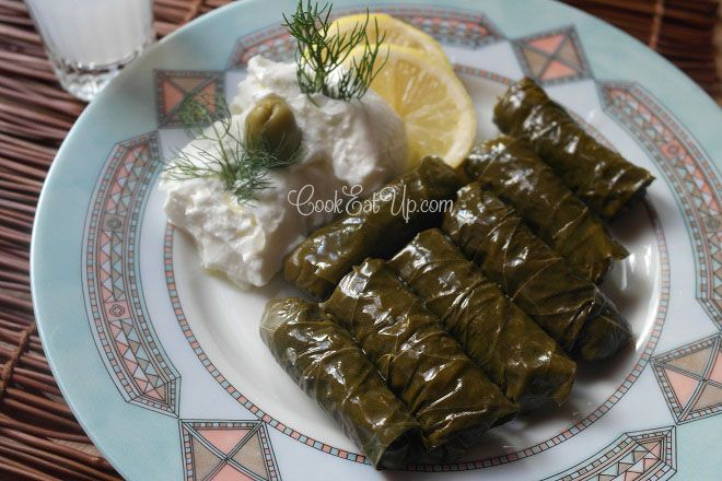 Stuffed grape leaves- going to try this with riced cauliflower