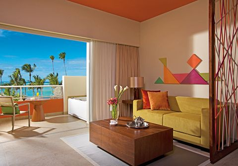 Premium level Unlimited Vacation Club members can enjoy stunning views of the Caribbean Sea from the xhale club Junior Suite Ocean View rooms' terraces, which are furnished with a seating area and a Jacuzzi.