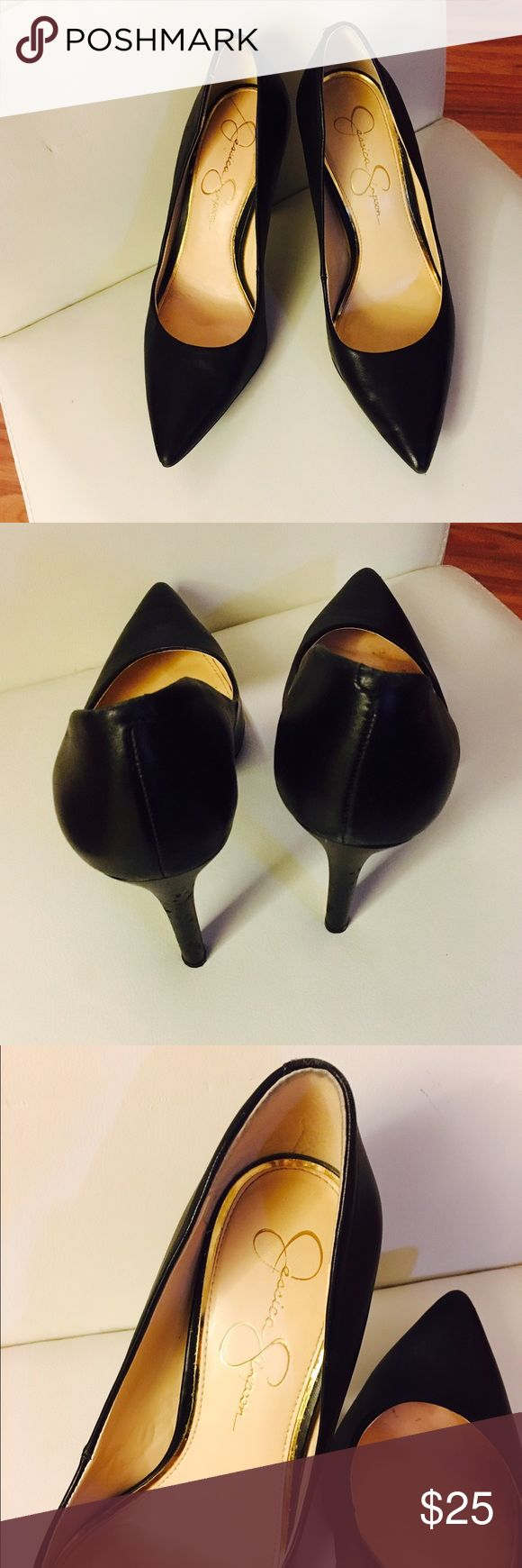 Jessica Simpson  Pointed-Toe Black Pumps Jessica Simpson  Pointed-Toe ´Black Pumps on good condition little marks as shown in the last pic check pics 013455732 Jessica Simpson Shoes Heels