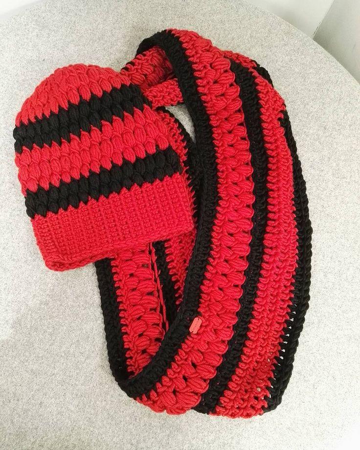 Komplet! ❤🍂🍁 🌿🍁🍂🌻 ❤ #crochet #crocheting #szydełko #szydelkowanie #szydełkowelove #yarn #yarnporn #crochetstitch #karolahandmade #rekodzieło #handmadeinpoland #handmade #craft #craftart #hooked #włóczka  #moderncrochet  #crochetstitch #szalik #scarf #handmadescarf #crochetscarf #hat #czapka #handmadehat