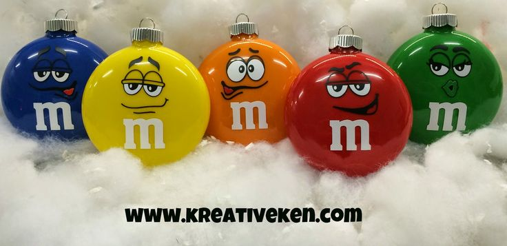 How to make an m & m ornament with your cricut