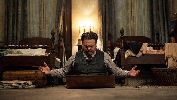 Jacob Kowalski 10 Referencias A Harry Potter Descobertas Em