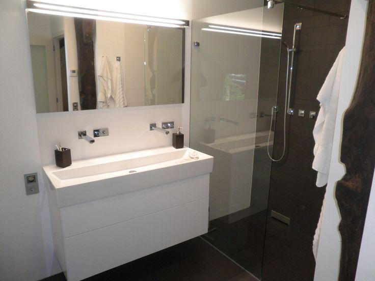 Voorbeeld van een gerealiseerde badkamer door sanidrome gebr klok uit diever sanidrome gebr - Voorbeeld deco badkamer ...