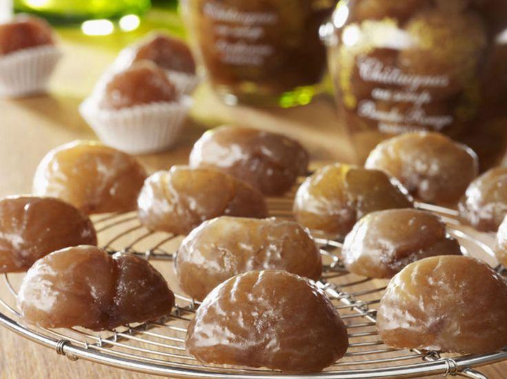 On déguste volontiers des marrons glacés au moment des fêtes. Et si cette année, vous les faisiez vous-même ? On vous donne la recette secrète de ces mignardises...