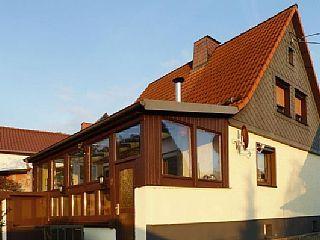 Ferienhaus Eisfelder Blick in Eisfeld  in Thüringer Wald - 5 Personen, 2 SchlafzimmerFerienhaus in Sachsenbrunn von @homeaway! #vacation #rental #travel #homeaway